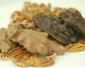 Chocolate Pecan Bark 1 lb.
